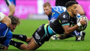 Giles scores twice as Ospreys ease past rivals Dragons
